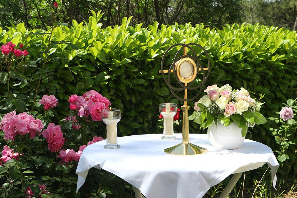 Procession du saint Sacrement